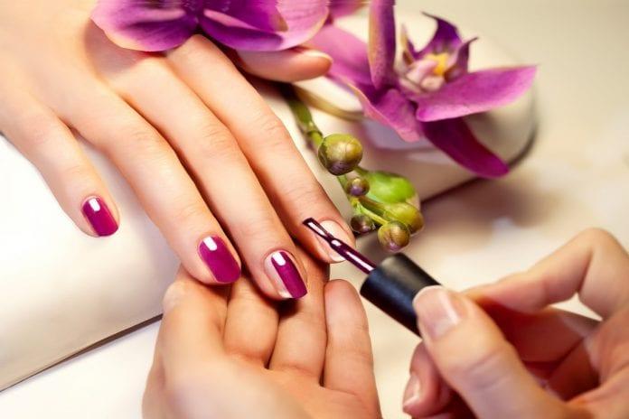 Diseño de uñas para manos y pies