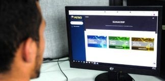 Plataforma Petro en mantenimiento