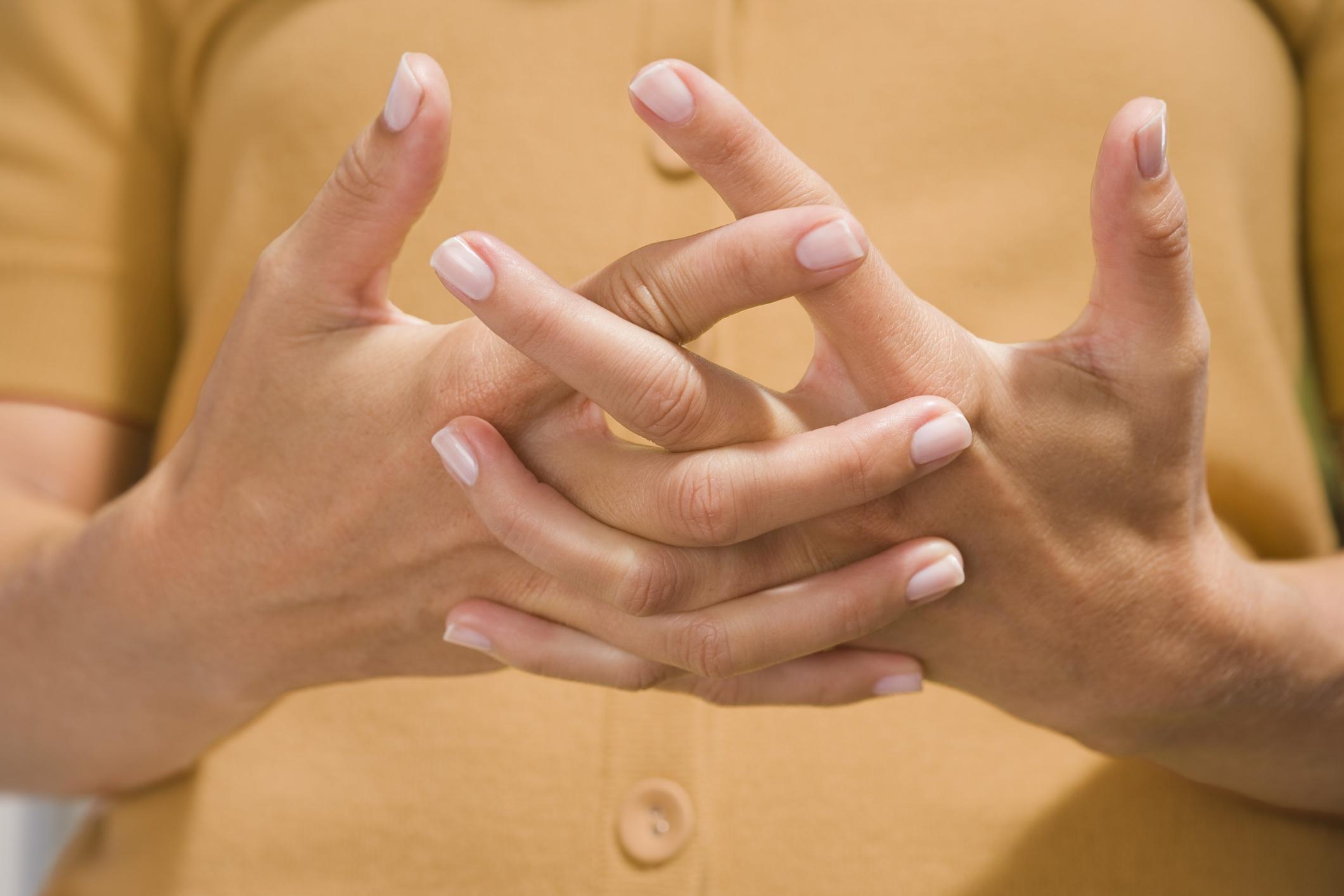 Tronar los dedos – tronar los dedos