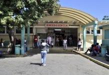 """280 trabajadores del hospital """"Dr Adolfo Prince Lara"""""""