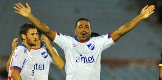 Estudiantes de Mérida fichó a Álvaro Pereira