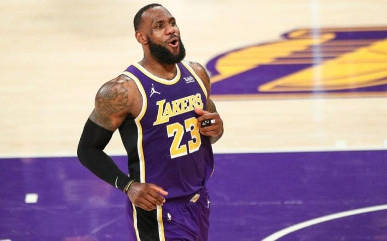 LeBron James llega a los 35.000 puntos en la NBA