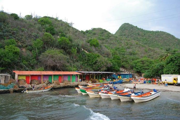 Mar de leva en las costas de Aragua - Mar de leva en las costas de Aragua
