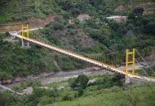 Localizaron cuerpo deljoven peruano arrojado desde un puente