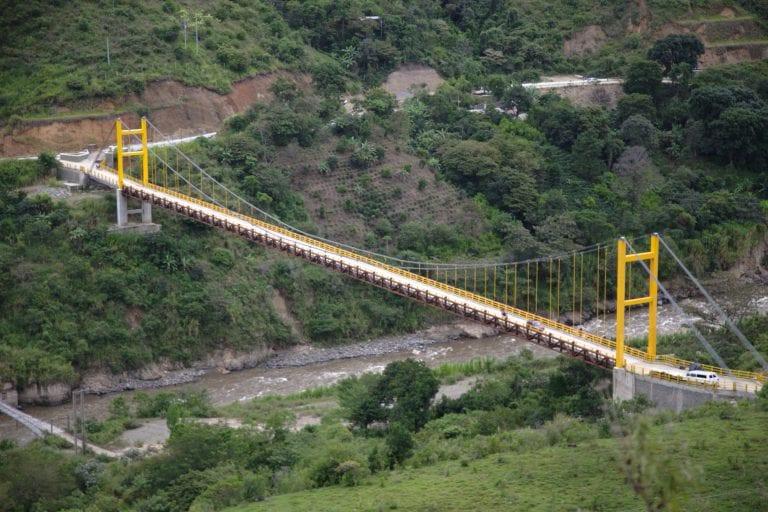 Localizaron cuerpo deljoven peruano arrojado desde un puente en Colombia