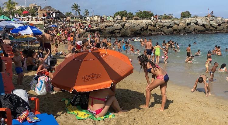 Playas de Vargas registraron un gran número de visitantes en arranque del Carnaval