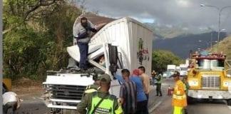 Accidente en la Autopista Valencia Puerto Cabello - Accidente en la Autopista Valencia Puerto Cabello