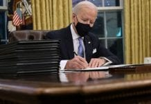 Joe Biden firmó propuesta