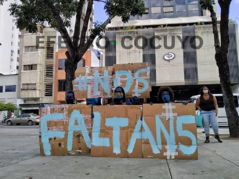 Trabajadores de Azul Positivo protestan frente al Ministerio Público