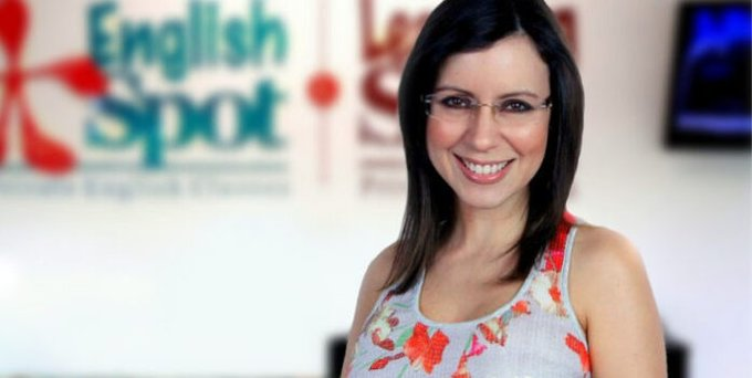 Periodista Carla Angola - Periodista Carla Angola