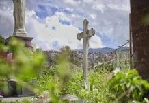 La noche en el cementerio - La noche en el cementerio