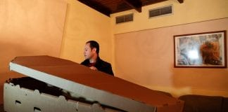 Fabrican ataúdes de cartón en Valencia - Fabrican ataúdes de cartón en Valencia