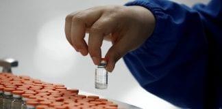 Personal de clínicas en fase registro para recibir la vacuna contra el Covid-19