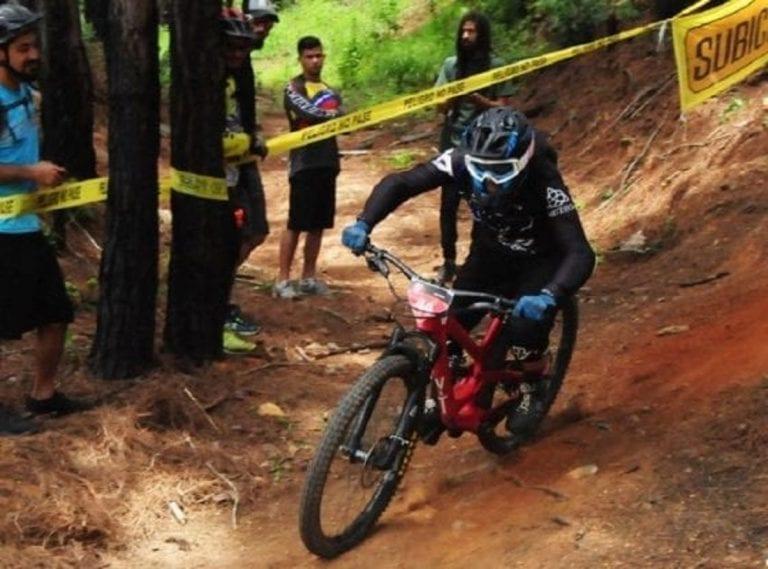 Exigen cese de carreras ilegales de ciclistas en El Ávila