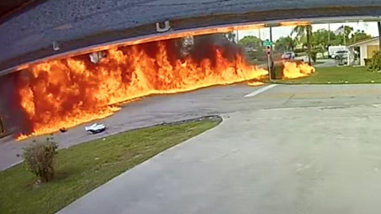 Avioneta se estrelló contra vehículo en Florida
