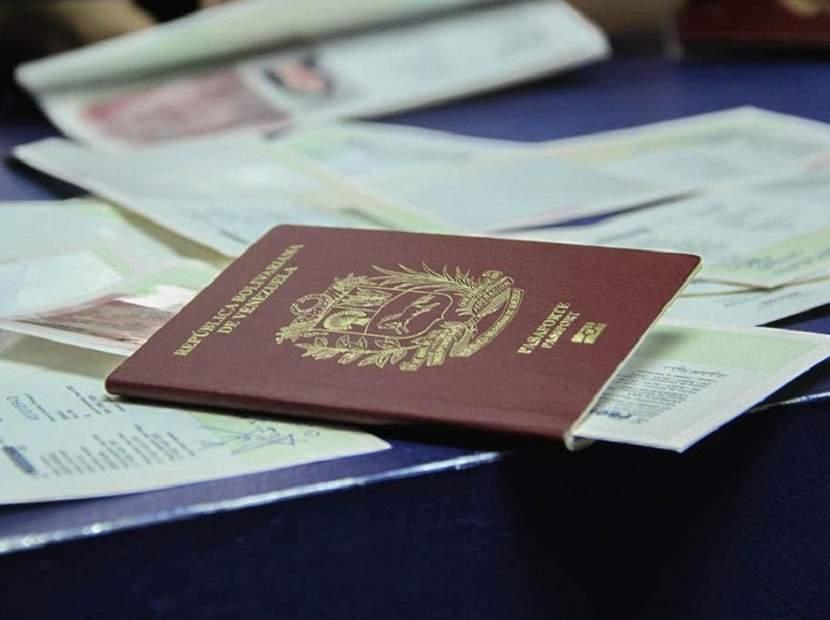Saime entregará pasaportes a venezolanos en México