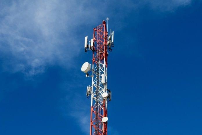 Reportaron caída de Digitel y Movistar en varios estados del país