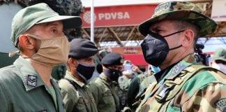 Detenidos policías que sustraían gasolina en Mérida
