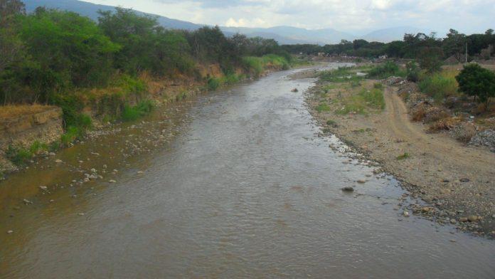 Mujer se ahogó al intentar cruzar el rio táchira