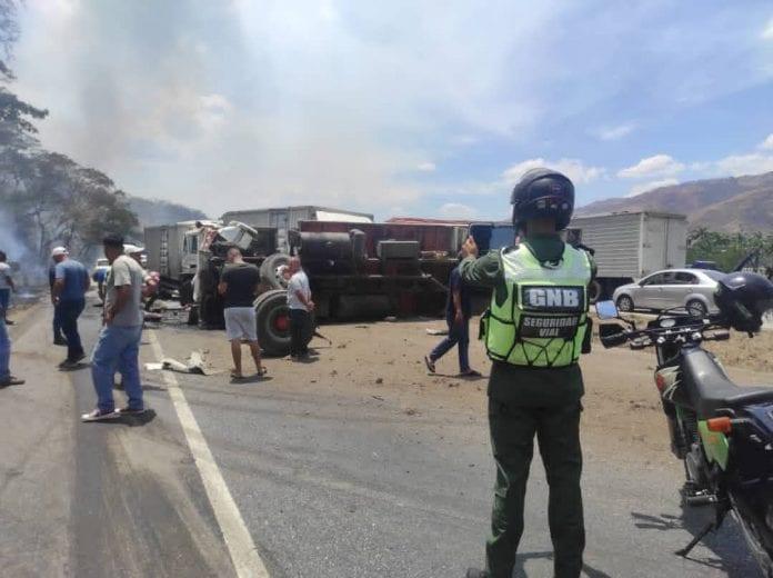 Reportan colisión múltiple en la ARC en Aragua