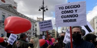 España aprueba ley de eutanasia - España aprueba ley de eutanasia
