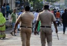Hombre decapitó a su hija india