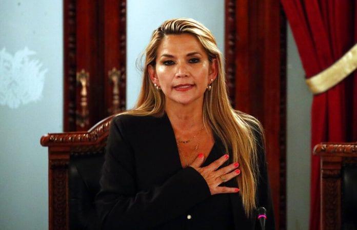 orden de captura contra Jeanine Áñez
