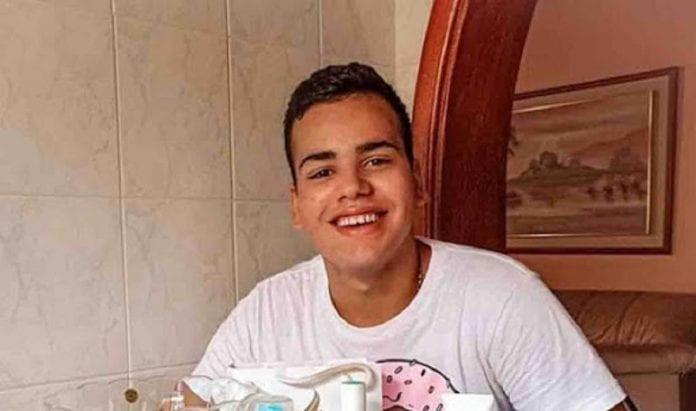 Libera al joven por criticar hija de Omar Enrique - Libera al joven por criticar hija de Omar Enrique