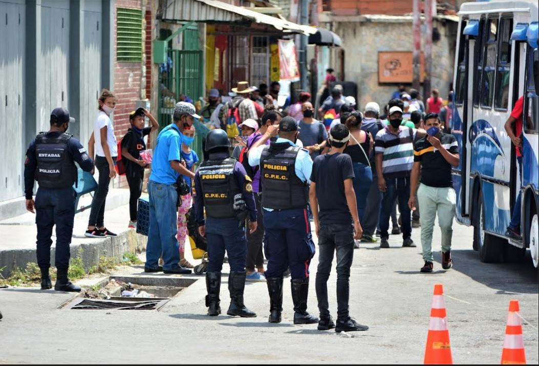Paradas en la avenida Bolívar - Paradas en la avenida Bolívar