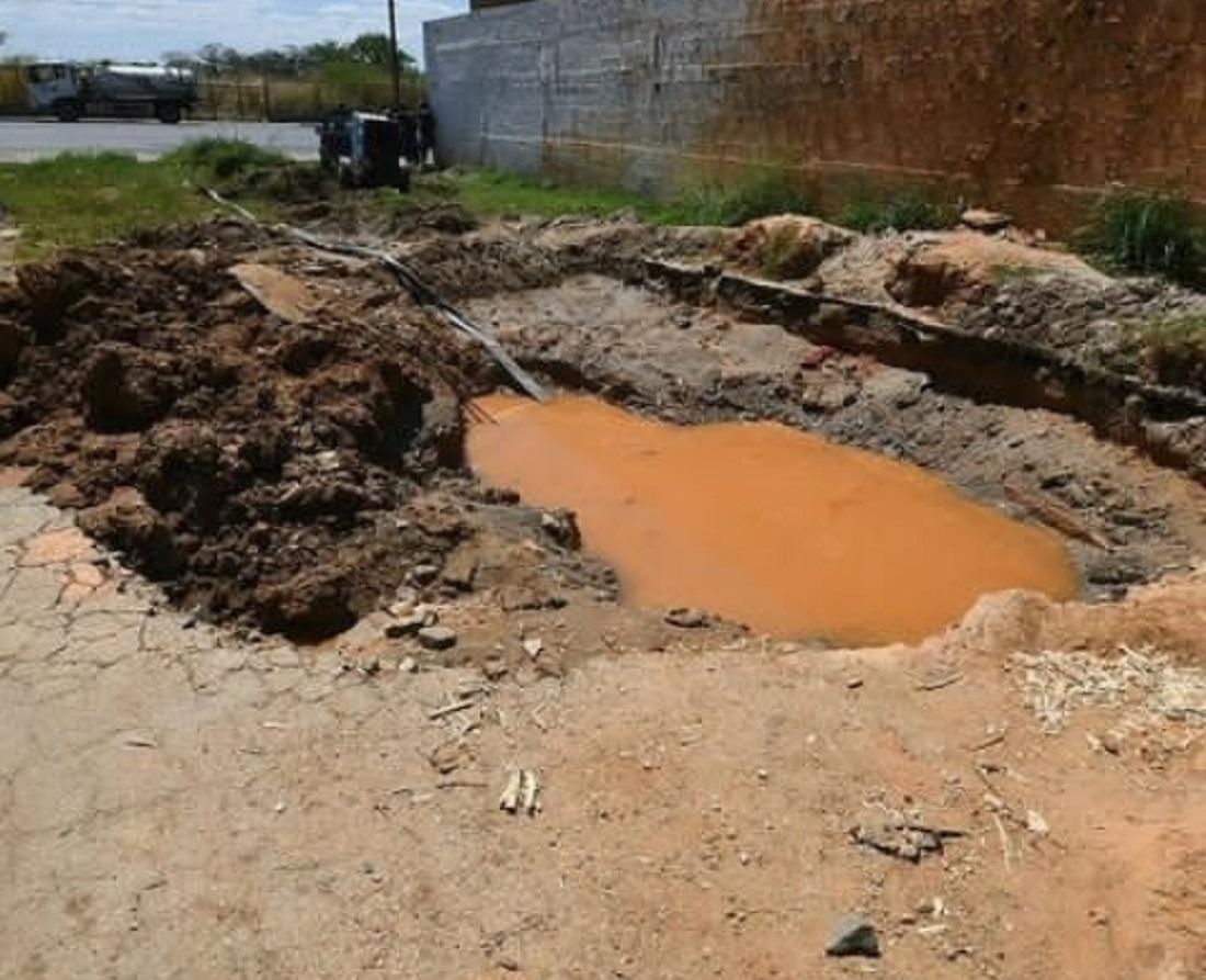 reparar bote de agua Av. Lisandro Alvarado