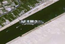 Suspenden la navegación por el canal de Suez - Suspenden la navegación por el canal de Suez