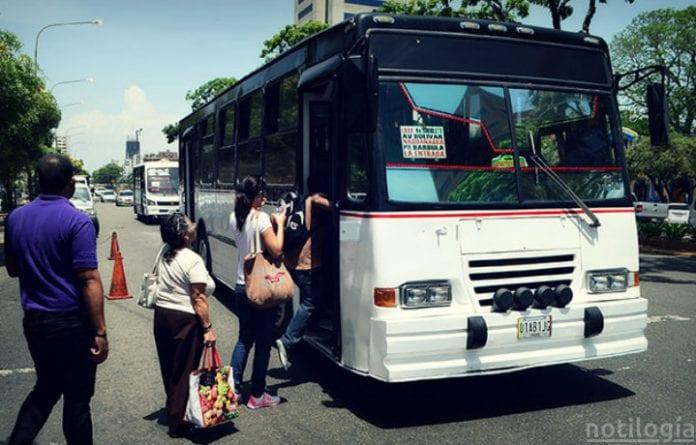 Transportistas exigen un incremento del pasaje- Transportistas exigen un incremento del pasaje