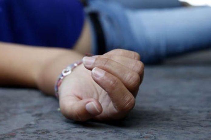 Adolescente asesinó a su mamá por su orientación sexual