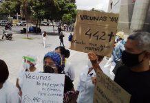Enfermeros exigieron la entrada de más vacunas contra el Covid-19