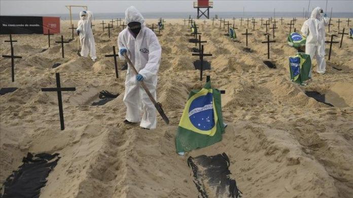Brasil rompe récord diario de muertes