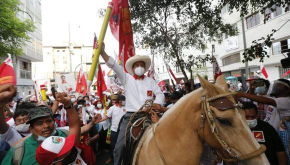 Pedro Castillo ganó elecciones - Pedro Castillo ganó elecciones