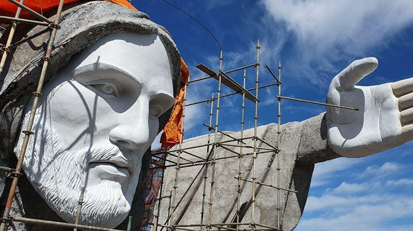 Cristo protector se erige al sur de Brasil - Cristo protector se erige al sur de Brasil