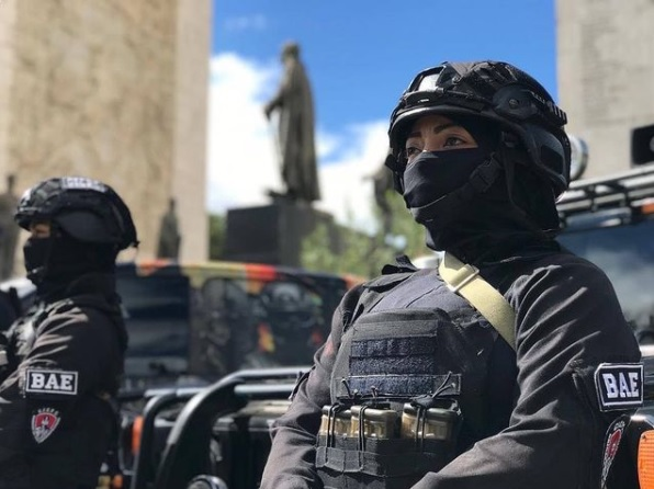Detenido falso militar - Detenido falso militar