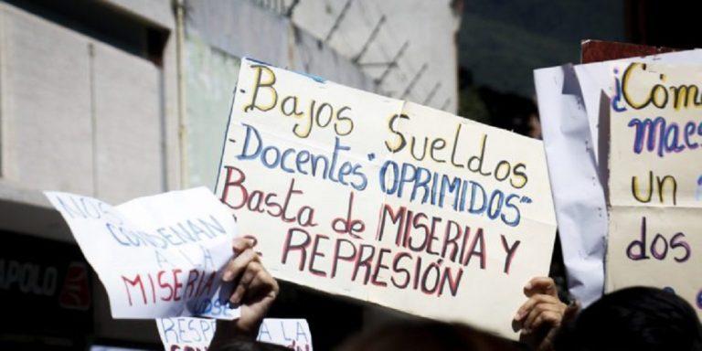 Trabajadores de salud y docentes exigieron incremento salarial en Carabobo
