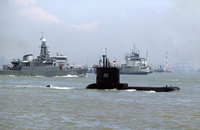 Submarino desaparecido en Indonesia