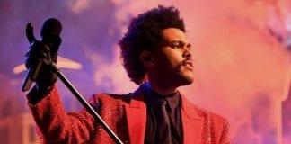 The Weeknd dona un millón de dólares