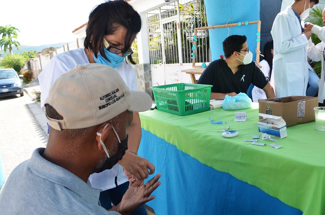 Alcaldía de Naguanagua entregó tratamientos a pacientes diabéticos - Alcaldía de Naguanagua entregó tratamientos a pacientes diabéticos