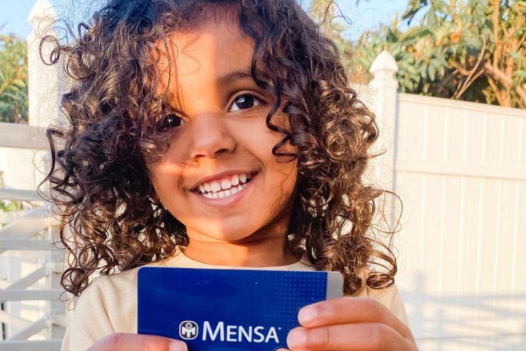 Niña ingresa a superdotados American Mensa - Niña ingresa a superdotados American Mensa