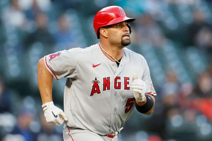 Angelinos de Los Ángeles colocaron en asignación a Albert Pujols