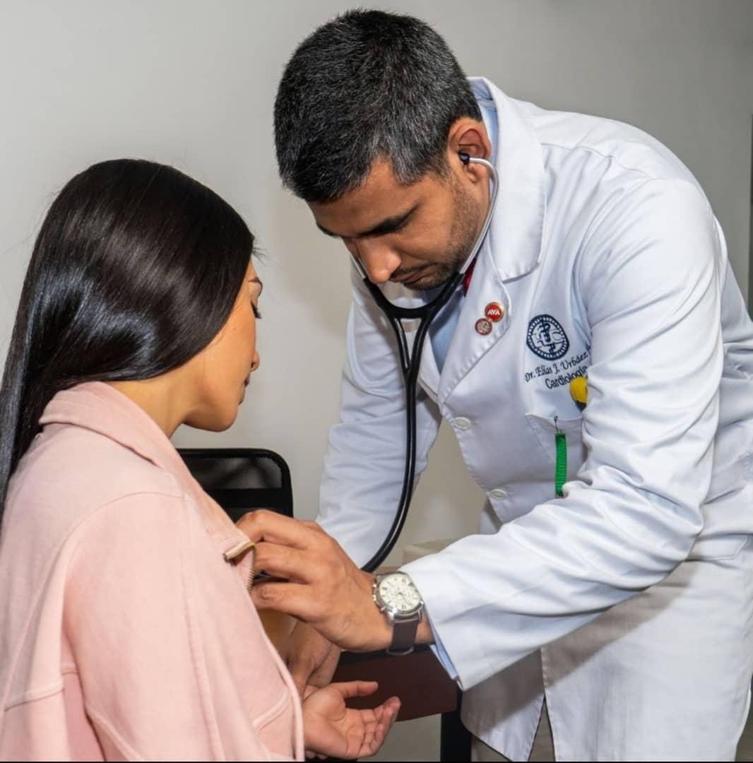 doctor Elías J Urbáez M