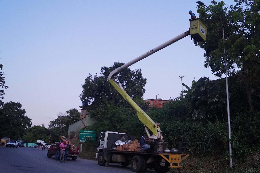 rehabilitación integral del Distribuidor Girardot en Naguanagua - rehabilitación integral del Distribuidor Girardot en Naguanagua