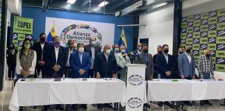 Alianza Democrática reúne a más de 20 partidos