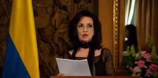 Renunció la canciller colombiana