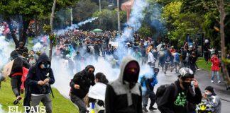 Colombianos arremeten contra artistas - Colombianos arremeten contra artistas