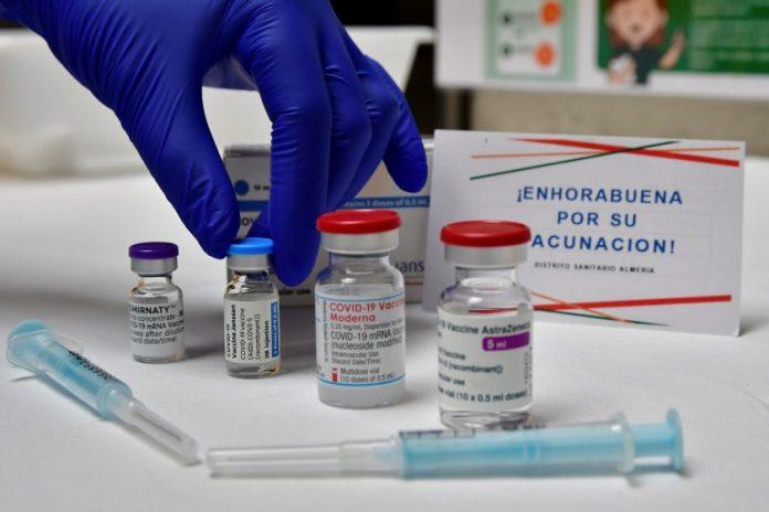 vacunas aprobadas son eficaces contra todas las variantes